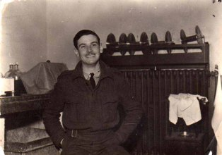 Fred working at RAF Ludford Magna.